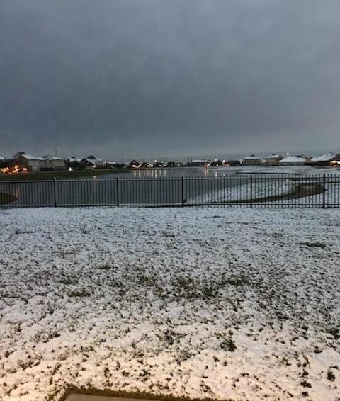 snow outside 2017